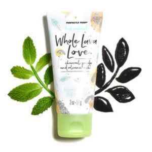 Posh Makeup - Posh Whole Lava Love Volcanic Ash Face Exfoliator